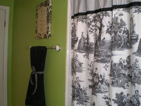 lime green bathroom  black white  red accents