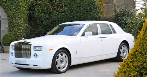 roll royce kenya kenyan driver pimps his chrysler to look like a rolls