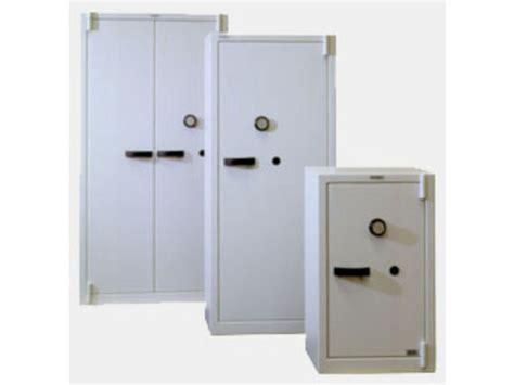 armoire de securite armoires de s 233 curit 233 contact c s a conforti coffres forts