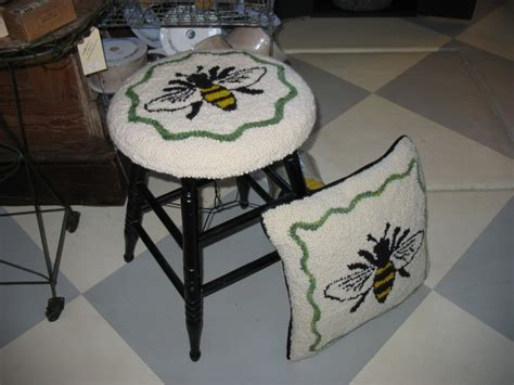 hare rug studio classes now available in traverse city at the acanthus hardware studio hare rug studio