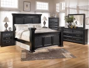Black finished bedroom set with mansion bed cavallino collection