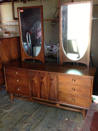 broyhill premier brasilia furniture bedroom set vintage