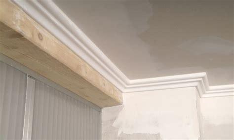 cornisas que es instalaci 243 n de cornisa en techo de yeso laminado bricoman 237 a
