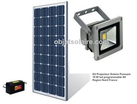Eclairage Led Solaire Exterieur by Projecteur Solaire Puissant 10w Led Kit Programmable Nord