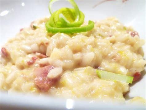 decorare risotto risotto con panna porri e pancetta ricetta petitchef