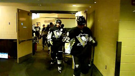 penguins in the room pittsburgh penguins locker room playoff