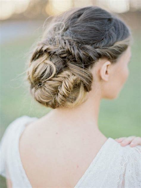 bridal hairstyles for relaxed hair 18 super romantic relaxed summer wedding hairstyles