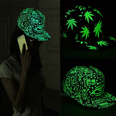 Topi Topi Trucker Unisex Hat Dota2 High Quality light in the luminous glow snapback