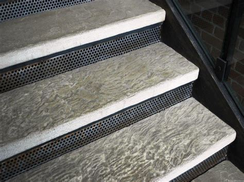 Decorative Rubber Stair Treads by Stair Treads Decorative Rubber Home Design By Larizza