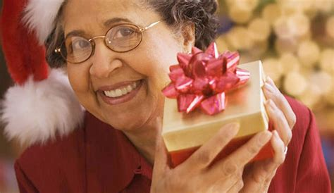 christmas ideas for seniors the big list of gift ideas for seniors dailycaring