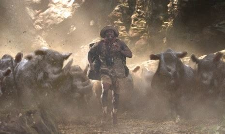 film jumanji tayang duet kocak dwayne johnson dan kevin hart di jumanji uzone