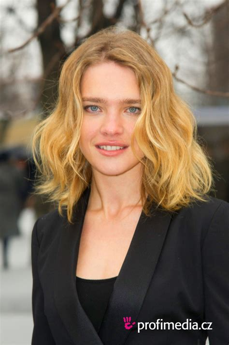 haircuts for weak hair natalia vodianova hairstyle easyhairstyler