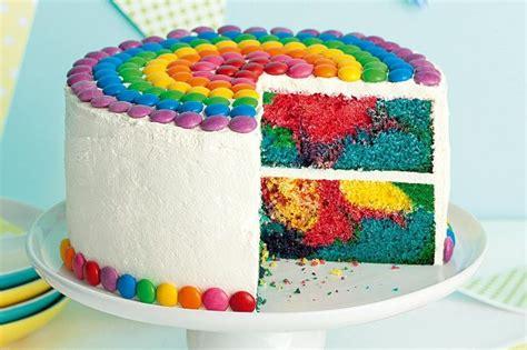 torte facili da fare a casa decorazioni torte con smaties colorati torte di