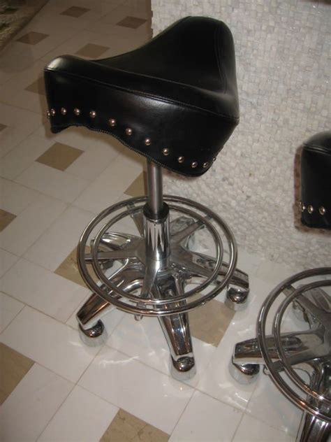 Motorcycle Seat Bar Stool by Set Of Four Contemporary Motorcycle Seat Bar Stools Image 3