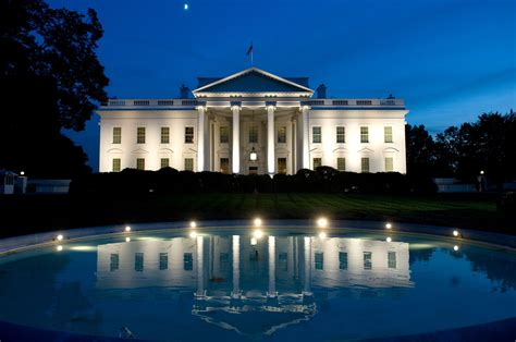 white house address and contact information
