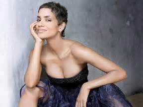 Zebra Skin Rug For Sale Halle Berry Stops Personal Item Auction In Canada