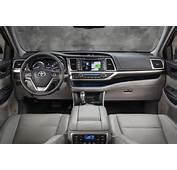 CarRevsDaily – 2014 Toyota Highlander Interior Photo23