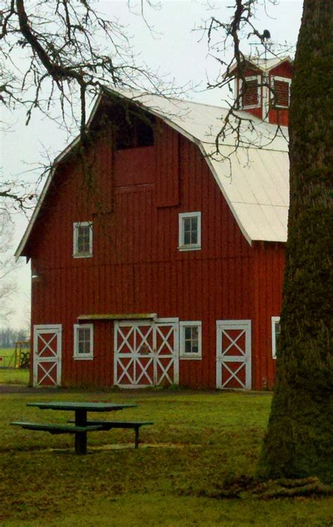 red barn red barn trimmed in white barns pinterest