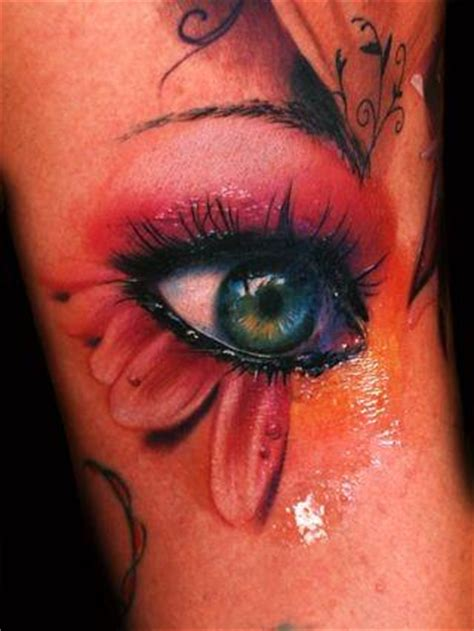 Eyeball Tattoo Colors | this breathtaking color tattoo design of a photo realistic