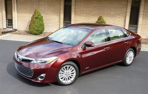 2015 toyota avalon hybrid review release date price mpg