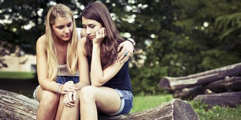 how to comfort a suicidal friend what to say to a suicidal friend how to talk to a