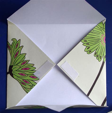 Folded Paper Envelope - easy folded paper envelope tutorial