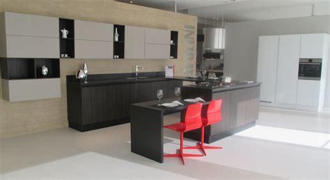 cucine con isola scavolini cucina con isola scavolini modello liberamente scontata