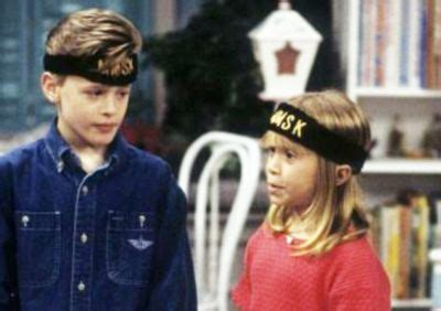 derek on full house exclusive full house star blake mciver talks olsen twins peoples couch life