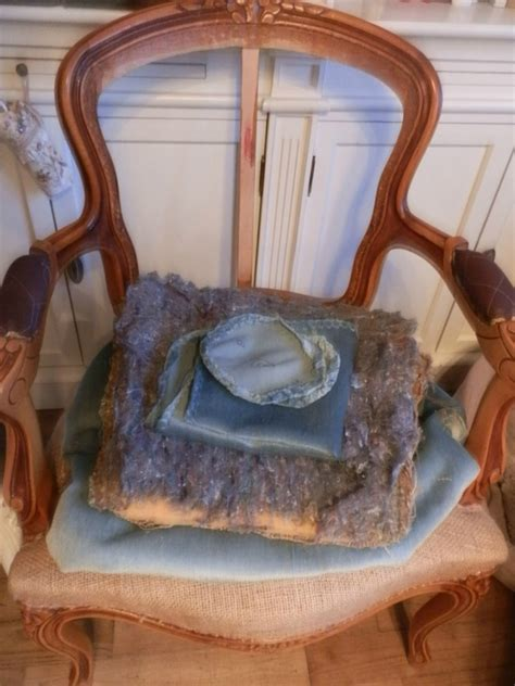 j ai un fauteuil borat relooking d un fauteuil cabriolet style louis xv le