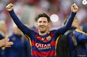 lionel messi blond platine changement de look