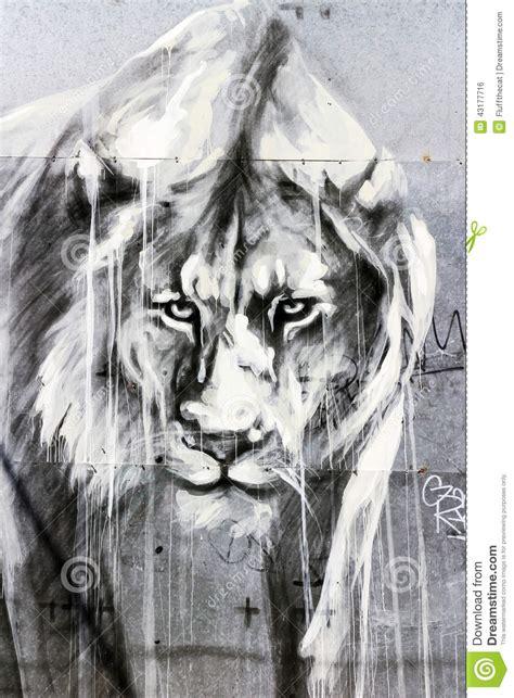 lion graffiti art london stock photo image  lane