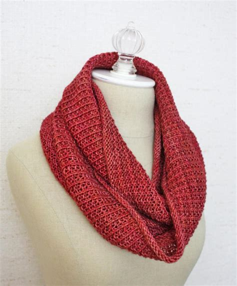knitting pattern scarf infinity belgique infinity scarf cowl knitting pattern phydeaux