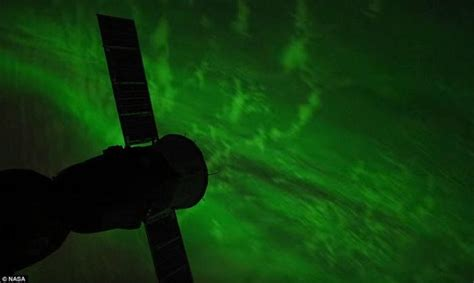 what are the northern lights called what do the colors of the northern lights nasa