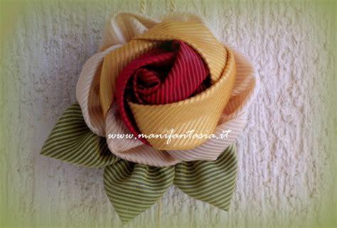 fiori in tessuto tutorial come fare di tessuto fatte a mano manifantasia