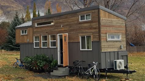 tiny house for family of 4 solar powered tiny house sleeps a family of four