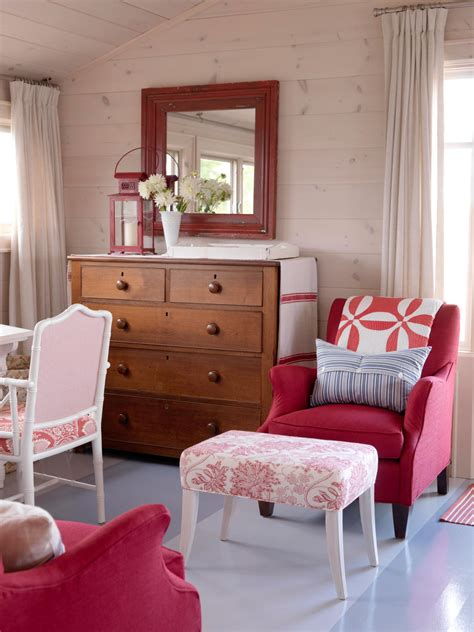 pink red bedroom in the details the red and white sitting area in the