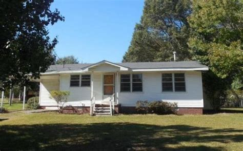 1207 albertville al 35950 foreclosed home