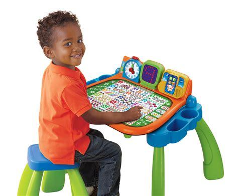 vtech speel en leertafel waarom mijn magisch bureau van vtech zo leuk is voor
