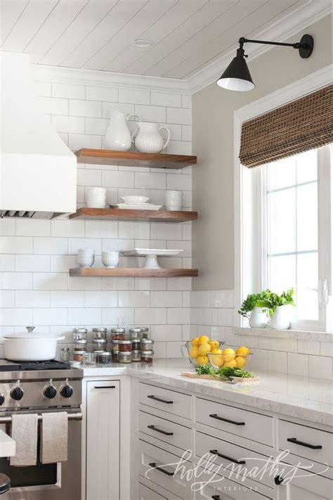 white kitchen farm best 25 white farmhouse kitchens ideas on pinterest