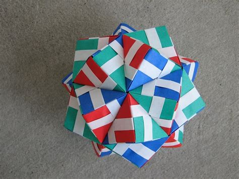 Marvelous Modular Origami - pin by dasha bushmakin on marketing