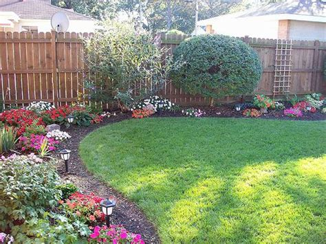 Backyard Flower Bed Ideas Irregularly Shaped Beds In The Corners Of The Backyard Choose 3 4 Plants And Vary Throughout