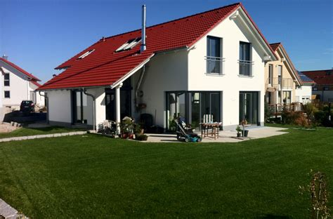 Fassadengestaltung Einfamilienhaus Rotes Dach by Fassadengestaltung Einfamilienhaus Rotes Dach Nzcen