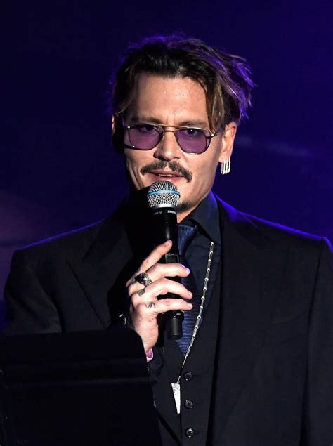 Johnny Depp Johnny Depp Faces Backlash Following Fantastic Beasts And