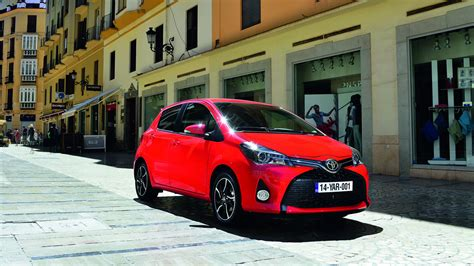 toyota yaris dimensions toyota yaris exterior and interior sizes guide carwow