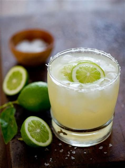 10 of the best sec drinks with recipes