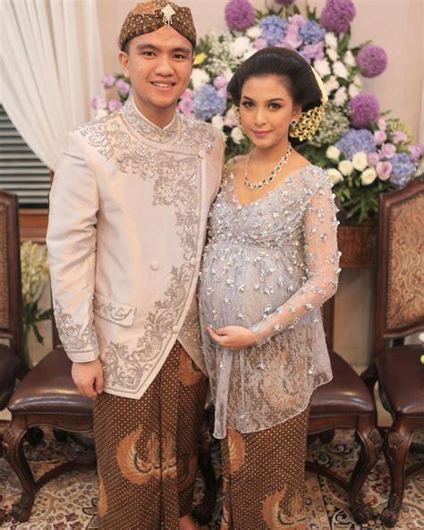 Dress Cantik Bumil 14 kebaya cantik bumil untuk til elegan saat acara mitoni