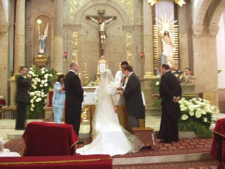 catholic priest for wedding the marriage pledge why you should not sign it