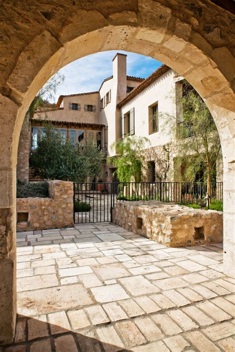 italy home decor picture your life in tuscany in a mediterranean style home