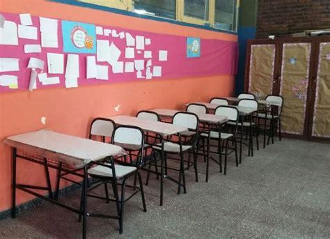 compro sillas el consejo escolar compr 243 sillas y mesas con dinero del