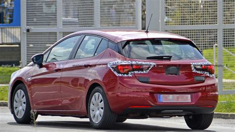 opel astra hatchback 2020 opel astra hatchback 2020 review ratings specs review